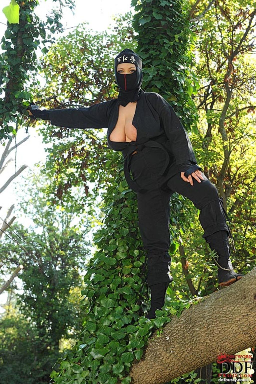 Ninja babe boobs pic softcore scenes