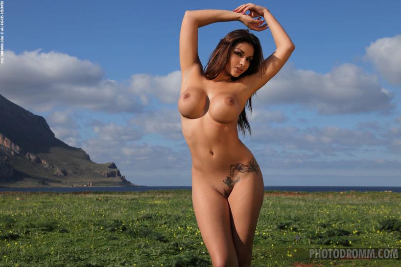 скачать фото голой девушки без лица